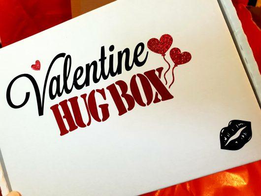 Valentine Hug Box front